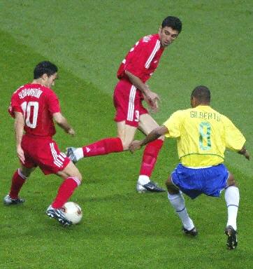 杯第二场半决赛巴西队与土耳其队的比赛正在日本琦玉2002世界杯图片
