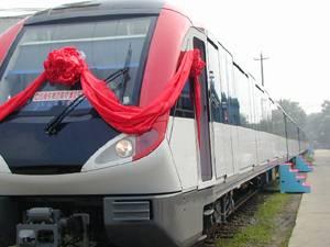 中国首列国产化地铁列车下线 可无人驾驶高清图片