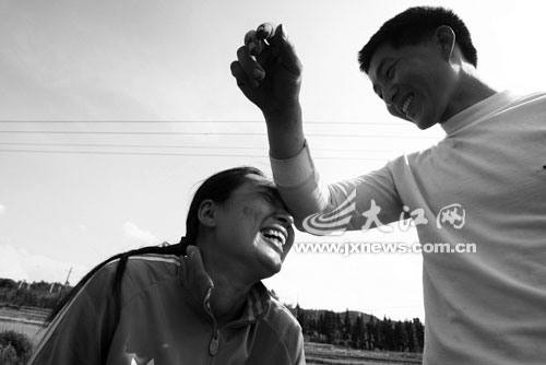 记者探访中国农村的越南新娘:想幸福就嫁中国郎(组图)