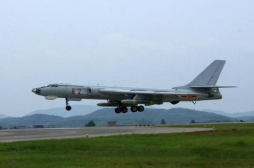 中国轰6轰炸机