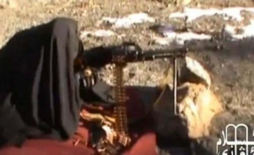 视频 女性/恐怖组织训练女性成员射击视频曝光