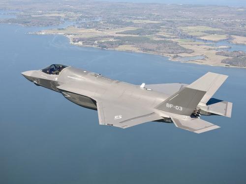 先锋影??f?y?(_媒体称歼31或将一招致命搅局美国f35战机销售(3)