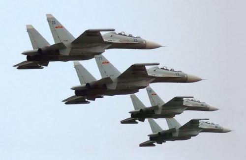 中国歼25_美媒:中国歼16战机已产24架 正交付海军航空兵