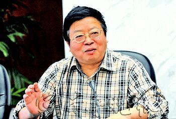 重庆市地产集团原董事长周天云。