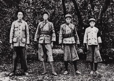 回顾苏区中央局历任领导人:毛泽东曾挨批退隐