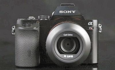 索尼推出全新全画幅微单相机