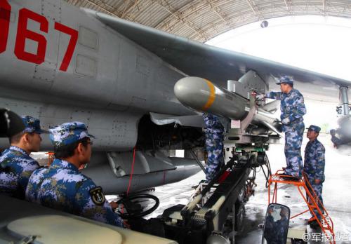 国家水师安排8架飞豹 预备驱离窥伺练习本国军机(组图)