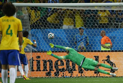 世界杯揭幕战巴西队争议点球逆转克罗地亚-2014巴西世界杯图片