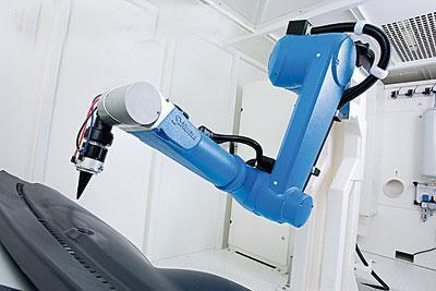 中国推进的产业自动化和外资企业的大量进口成为中国工业机器人进口激增的主要原因。