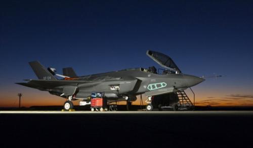 资料图:美国F35B战机