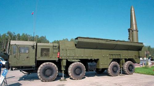俄军最新型伊斯坎德尔M战术导弹