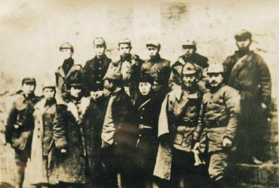 红军长征(资料图片)