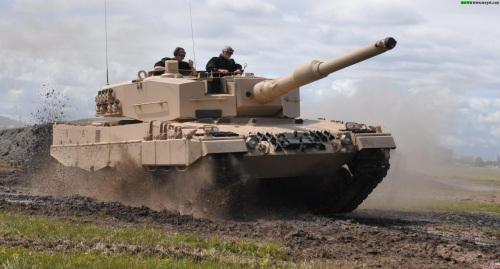 材料图:测验中的德国豹2坦克