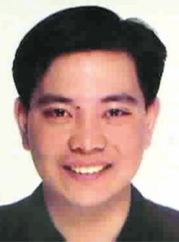 程慕阳 原任朔方国际告白公司北京分公司司理、香港佳达利出资有限公司董事长,2000年8月逃往加拿大,所涉罪名为贪婪、窝藏搬运赃物。