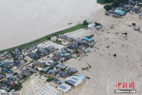 日本鬼怒川决堤致22人失落