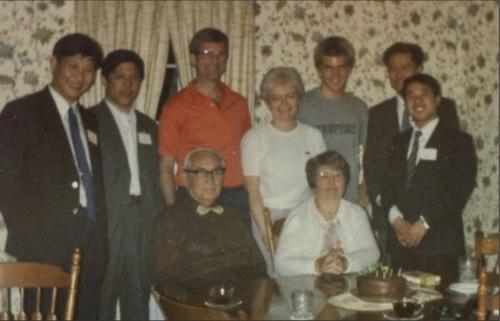 材料图:1985年4月,习近平作为河北省正定县委布告,曾带领代表团拜访艾奥瓦州。 图像来历:国家共产党新闻网