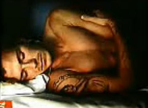 贝克汉姆直播睡觉全过程。图片来源:视频截图