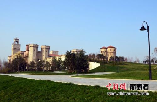 陕西张裕瑞那城堡酒庄托斯卡纳风情修筑。