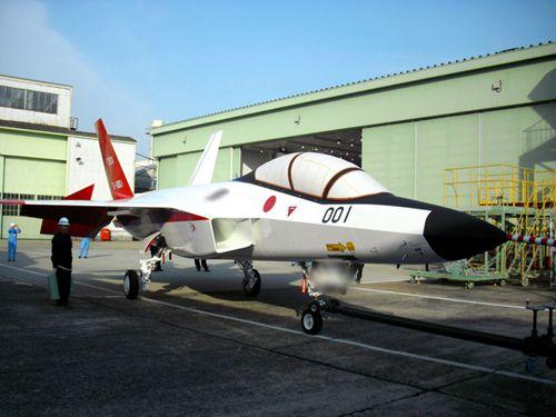 日本首架国产隐形战机2月试飞 将投入实战部署