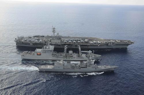 资料图:美日印战舰联合演习