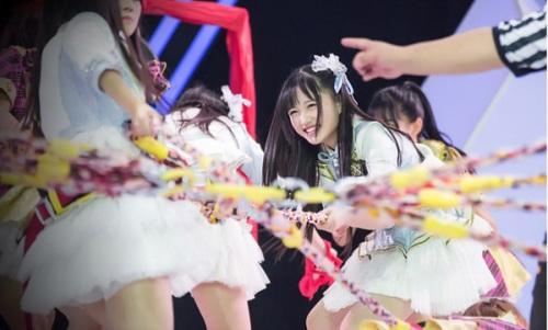 [热点新闻]SNH48成员14岁费沁源走红日本 被盛赞翻版渡边麻友