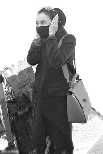 [热点新闻]明星御寒:TFBOYS、刘恺威包裹严实 邓超全家度假