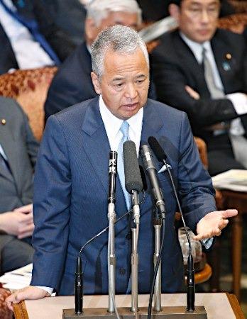 疑收企业巨款 日本经产大臣将就此公布调查结果