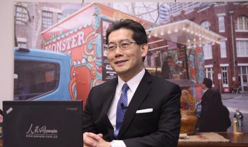 香港商务及经济发展局局长苏锦樑接受人民网专访(覃博雅、王子涵摄)