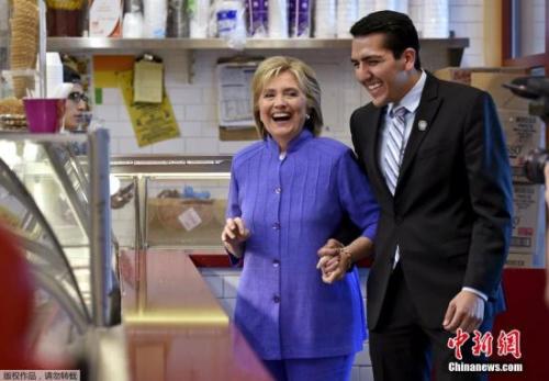 美大选选战:特朗普猛批克鲁兹 希拉里再陷电邮门