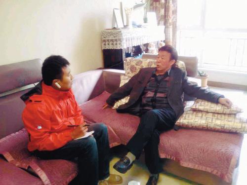 田连元(右) 图片来源:沈阳晚报