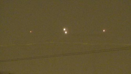 莫斯科上空现不明飞行物 呈菱形有序同步飞行(图)