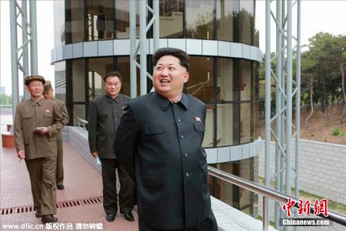 资料图:朝鲜新建的国家宇宙开发局卫星控制综合指挥所落成,金正恩访问指挥所并进行现场指导。