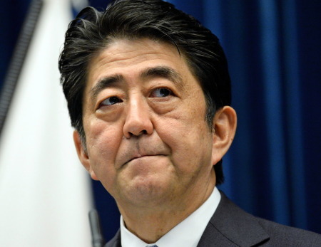 日媒:安倍内阁支持率骤跌 丑闻不断令民众失望