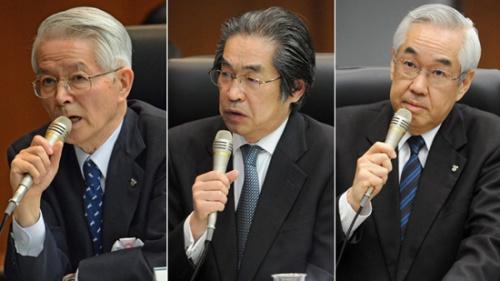 从左至右:勝俣恒久、武黒一郎元、武藤荣元。