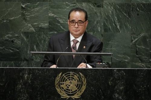 资料图片:朝鲜外务相李洙墉。