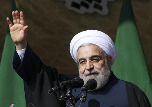 资料图:伊朗总统鲁哈尼。(美联社)