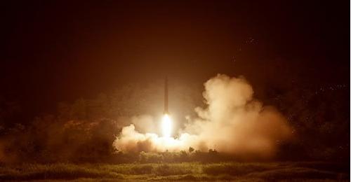 朝发射多枚短程导弹飞行100公里 韩称密切监视