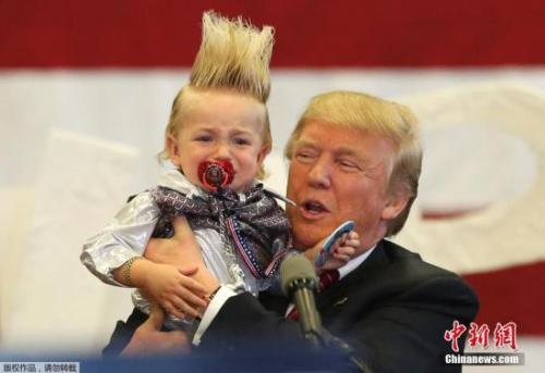 特朗普參加競選集會。