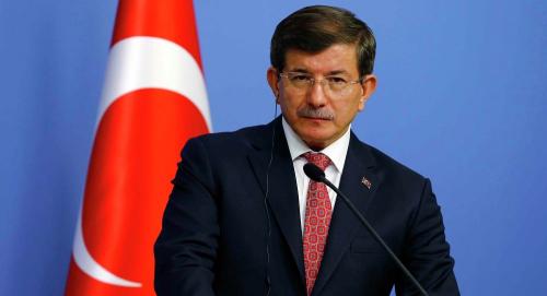 资料图片:土耳其总理达武特奥卢。