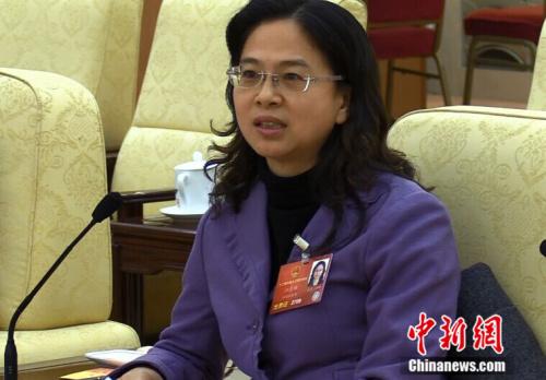 天下人大代表、福建省台联会长江尔雄(民生 摄)