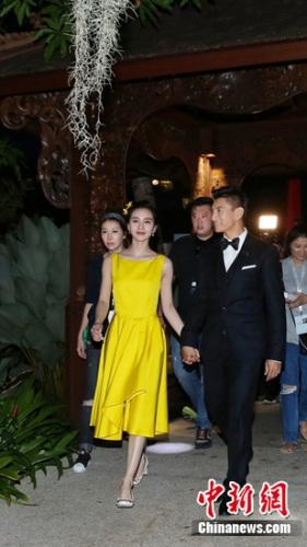 [热点新闻]吴奇隆刘诗诗今日大婚:上百宾客到场预算无上限