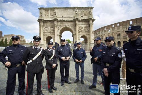 中意警方在罗马启动首次联合巡逻 保障中国游客安全