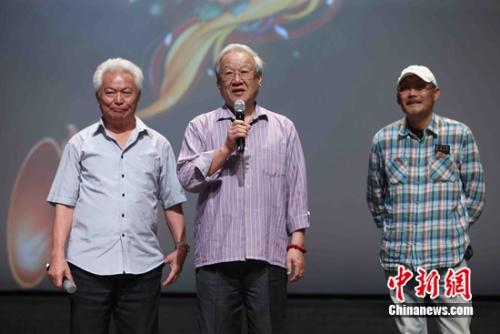 群星致敬吴天明 陈凯歌:电影就是一代一代拍下去
