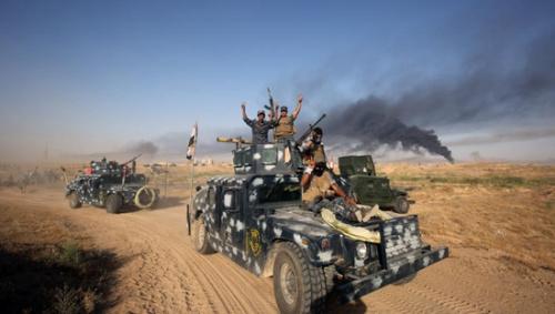 伊拉克政府军继续围攻重镇费卢杰 美军助打击IS