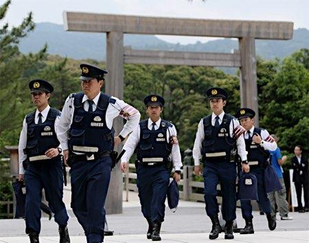G7峰会现场的安保人员