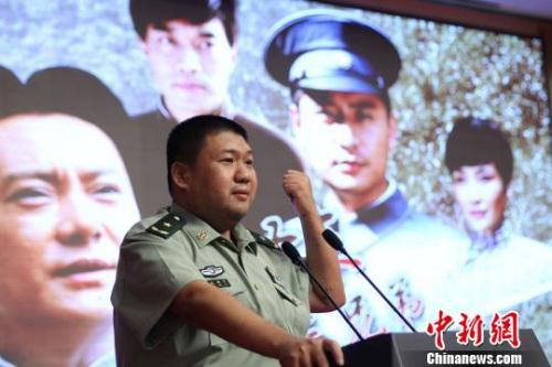 電視劇《毛澤東三兄弟》將于20日晚在中央電視臺電視劇頻道推出。毛澤東嫡孫毛新宇擔任該劇總顧問。蘇丹攝