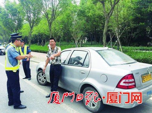驾校教练车涉嫌在许可的场地外开展场地培训被暂扣