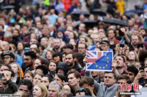 英国民众集会要求留欧