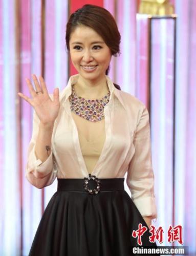刚刚传出婚讯的林心如现身第19届上海国际电影节拉开帷幕。 记者 张亨伟 摄