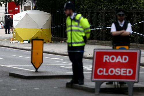事发后现场道路被封锁。